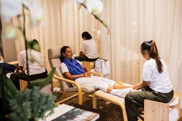 Paddock Club™ Guests Enjoy Exclusive Spa Facilities Min